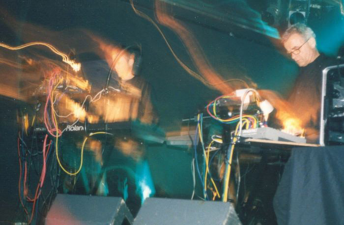 Rother___Moebius_live_pic_col